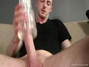 Усатый парень дрочит прозрачным мастурбатором