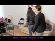 Русская девушка Стася пришла на лесби порно кастинг