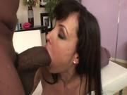 Хардкор секс Лизы Энн с негром