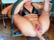 Анально-вагинальный мега фистинг со сквиртом